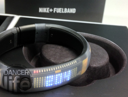 就是我們的主角Nike+ FuelBand